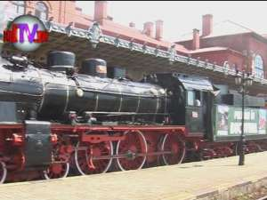 """Trenul de epocă """"Moldoviţa"""" îi va plimba pe turişti spre Cacica, Putna şi Vatra Moldoviţei"""