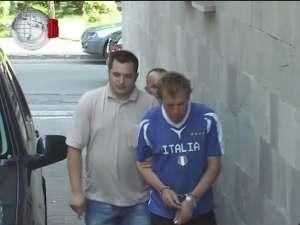 Arestat, după ce-a comis nouă furturi din supermarketuri