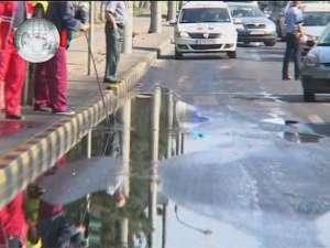 Zeci de litri de motorină au blocat traficul pe Calea Unirii