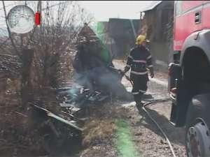 Incendiu într-o gospodărie din Moara, stins la timp de pompieri