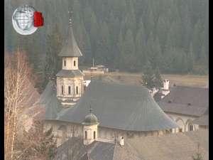 Mănăstirea Putna nu are calitate de cult religios recunoscut în România