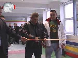 Cătălin Moroşanu şi Sebastian Ciobanu, la deschiderea sălii de MMA –Bucovina Fight Team