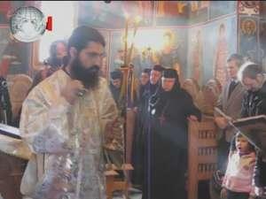 Slujbă arhierească, duminică, la Mănăstirea Voroneţ, în ziua Sfântului Daniil Sihastrul