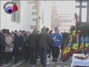 Slujbă de pomenire şi coroane de flori, pentru Eroii Revoluţiei