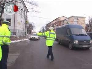Şoferiţele dar şi şoferii au primit mărţişoare de la Poliţia Rutieră