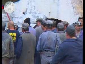 Peste 300 de mineri s-au blocat în subteran, în mina de uraniu