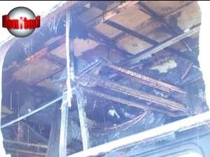 Un vagon al trenului Suceava-Mangalia a luat foc în timpul reviziei dinainte de cursă