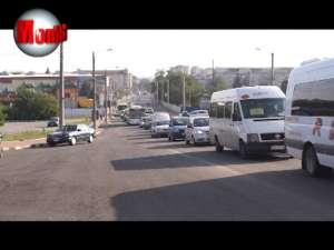 Trafic de coşmar pe străzile Sucevei, după blocarea circulaţiei în trei puncte cheie