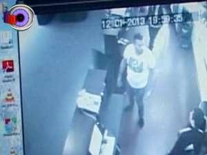 Un barman şi un agent de pază, agresaţi de clienţi într-un bar din Galleria Mall