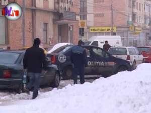 """Un profesor de la CN """"Petru Rareş"""" şi-a bătut fosta soţia în stradă, în centrul Sucevei"""