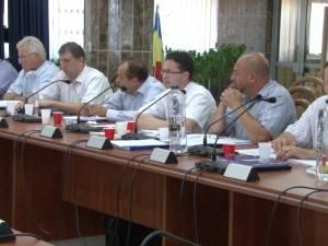 81 de posturi din cadrul Primăriei Suceava au fost desfiinţate
