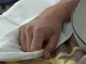 Tânăr bătut şi violat de doi indivizi, printre blocurile din zona Albina