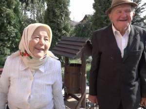 Doi octogenari, ea de 86 de ani şi el de 83 de ani, s-au recăsătorit după opt ani de la divorţ