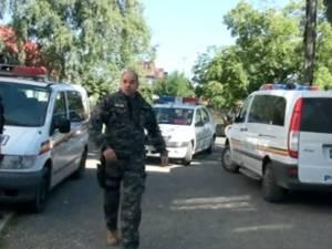 Razie cu zeci de poliţişti la Vicovu de sus, în zona târgului din localitate