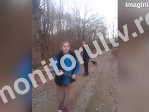 Pădurar atacat în pădure şi lăsat fără maşină de o femeie şi un bărbat prinşi la furat lemne