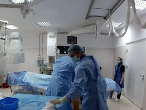 Primele embolizări de anevrism cerebral din Moldova, efectuate cu succes la Suceava