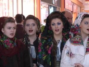 Târg de Crăciun şi frumoase spectacole de tradiţii de iarnă, la Shopping City Suceava