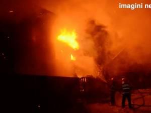 Incendiu de mari proporţii la vila proprietarului pensiunii Bogdăneasa