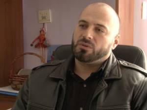 Cinci cagulişti de la Poliției acuzați că au bătut un agent de pază în timpul serviciului