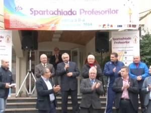"""Circa 700 de angajaţi din învăţământul sucevean s-au înscris la competiţia sportivă """"Spartachiada profesorilor"""""""