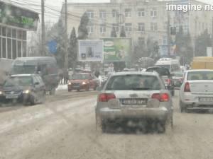 Iarna a luat autorităţile şi drumarii prin surprindere