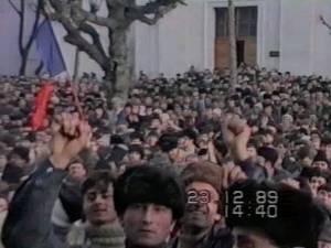 25 de ani de libertate. Cum s-a derulat Revoluţia în Suceava în decembrie 1989
