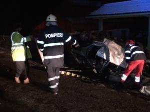 Gonea nebuneşte, beat şi fără permis de conducere, şi a omorât doi oameni