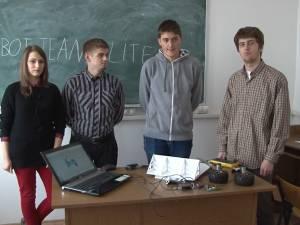 Elevi suceveni, în finala naţională a unei competiţii de robotică, organizată de Agenţia Spaţială Europeană