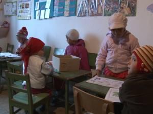 Tabloul sărăciei şi al dezolării, la şcoala din cătunul Ţâmpoceni
