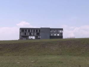 Lucrări sistate la viitorul sediu al Casei Corpului Didactic din Şcheia