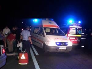 Un şofer de 20 de ani, care a depăşit inconştient, a provocat un accident în care au fost implicate zece persoane