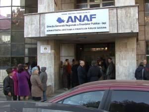 Salariaţii Finanţelor Suceava au intrat ieri în grevă