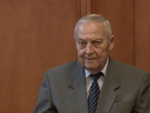 Maestrul Mircea Drăgan a primit titlul de Cetăţean de onoare al judeţului într-o şedinţă festivă şi emoţionantă a CJ Suceava
