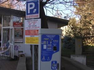 Automate de taxare a locurilor de parcare, puse în funcţiune în trei parcări cu plată din Suceava