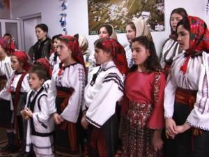 """Concert de colinde la Casa de Copii """"Sfântul Gheorghe"""" din Dolhasca"""