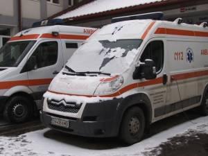 Cinci ambulanţe sunt indisponibile pentru că nu au RCA