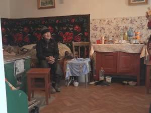 Viaţa bătrânului din Bosanci care trăia asemeni unui câine s-a schimbat radical