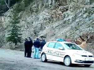Drumul naţional Suceava-Maramureş, închis complet din cauza căderilor de pe versanţi