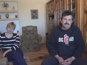 20 de familii din Dorneşti s-au trezit cu terenul de sub case vândut şi ipotecat la bancă, la o evaluare de aproape un milion de euro