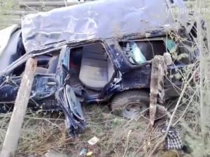 Pustnicul care a provocat groaznicul accident cu doi morţi şi trei răniţi grav avea permis de câteva luni şi circula cu viteză excesivă