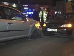"""Un şofer care a băut """"trei pahare de bere"""" a provocat un accident în care au fost implicate trei maşini"""