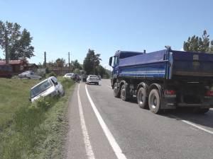 Un copil a ajuns la spital, în urma unui accident provocat de un şofer grăbit