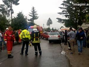 Accident cu opt răniţi, din care doi grav, după ce un şofer a intrat brusc pe contrasens