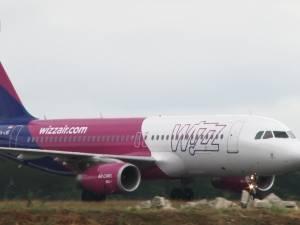 Primul zbor Wizz Air pe Aeroportul Suceava a fost primit în sunete de bucium