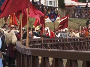 Cel mai de seamă festival medieval din România, deschis oficial, cu binecuvântarea lui Ştefan cel Mare