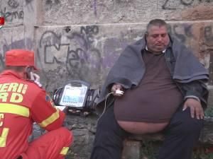 Medicii pasează vina şi vorbesc de o eroare de comunicare în cazul pacientului obez refuzat la internare