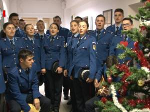 Elevii jandarmi de la Fălticeni au fost primii colindători ai Monitorului de Suceava