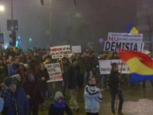 Mii de protestatari au mărşăluit în weekend pe străzile municipiului Suceava