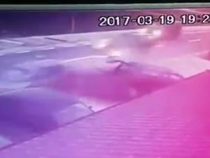 Accident soldat cu șase mașini avariate, pe fondul vitezei excesive