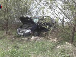 Două persoane au fost rănite într-un accident petrecut în apropiere de Pătrăuţi